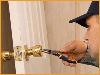 Hyde Park Locksmith Service Hyde Park, MA 617-531-0261